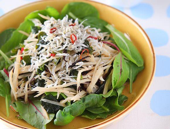 ごぼうと海藻のサラダの画像